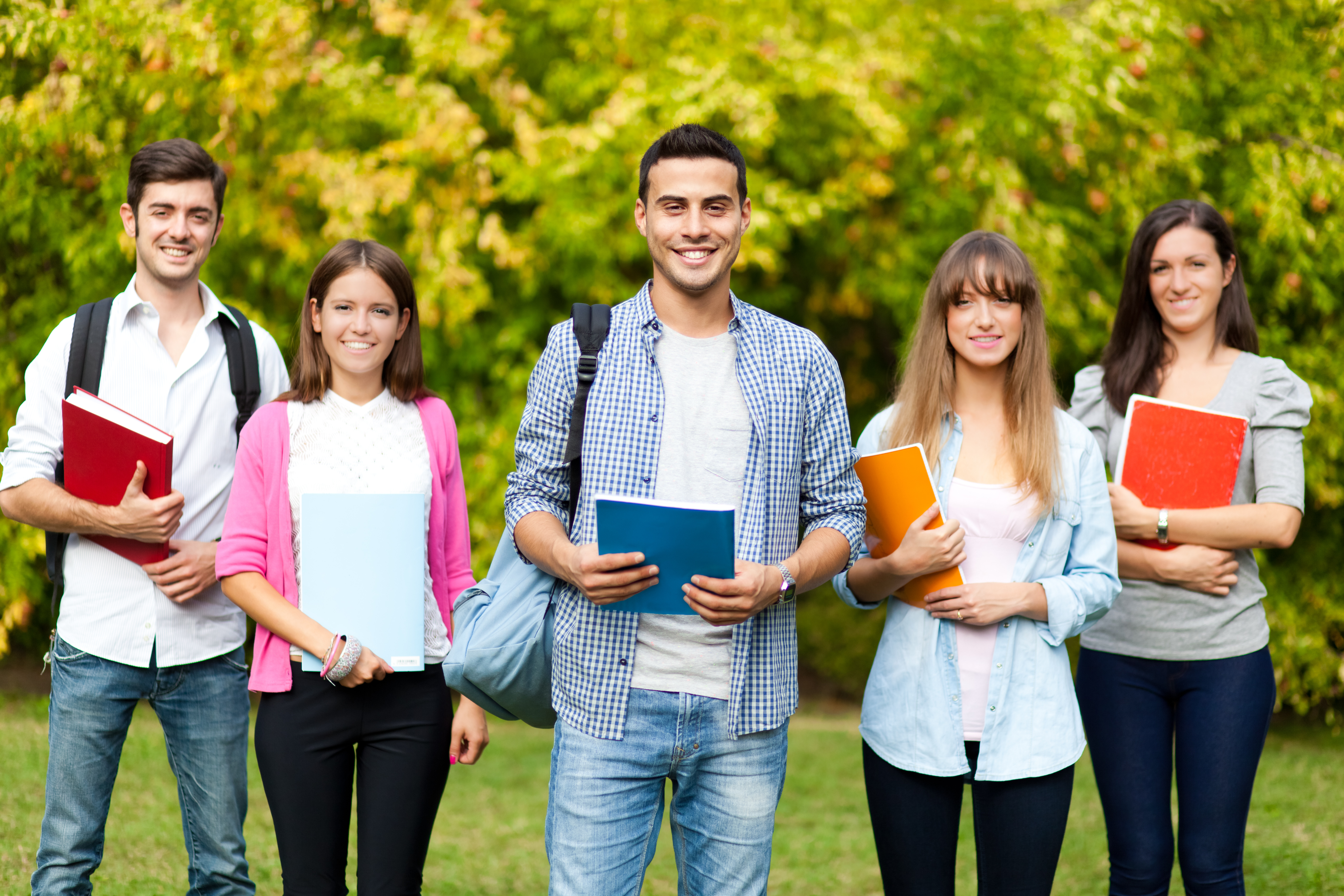 college papers Quality of the services offered - ⅘ go onto the website of collegepaperorg and you will be greeted by a cluttered and very crowded looking landing page which is as confusing as it is badly laid out.